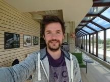 Selfie samples: Sony Xperia XZ Premium - LG G6 vs. Galaxy S8 vs. Xperia XZ Premium review