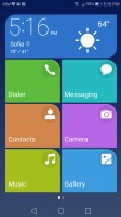 Simple homescreen with a tiled interface - Honor 8 Pro review