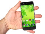 Handling the P10 - Huawei P10 review