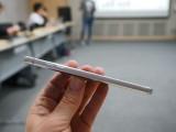 Volume rocker - LG G6 Hands-on review