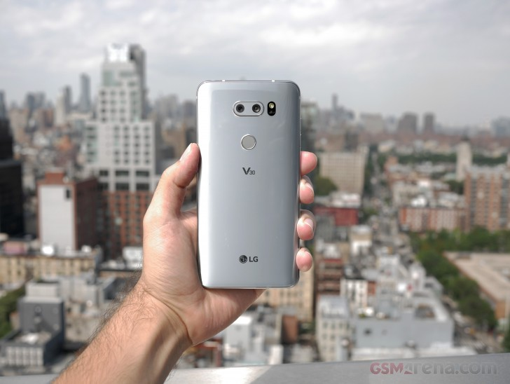 LG V30 hands-on review