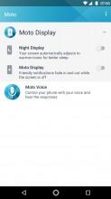 Moto Display - Moto Z2 Play review
