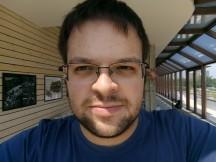 Testing the selfie autofocus - f/2.0, ISO 109, 1/406s - Nokia 3 review