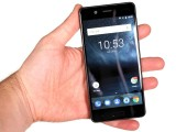 In your hand - Nokia 5 review