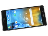turning the screen on - Nokia 8 review