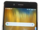 the top bezel - Nokia 8 review