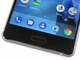 the bottom bezel - Nokia 8 review
