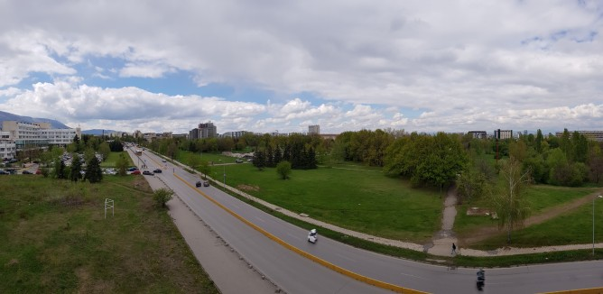 Panorama sample in less contrasty conditions is just fine - Samsung Galaxy S8 review