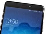 the top speaker/earpiece - Xiaomi Mi Max 2 review