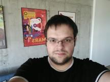 Nubia Z17 low-light selfie samples - f/2.0, ISO 200, 1/33s - Nubia Z17 review
