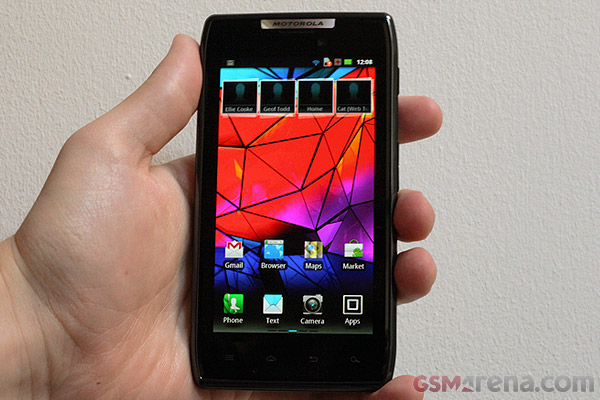 Motorola RAZR XT910 Home Screen
