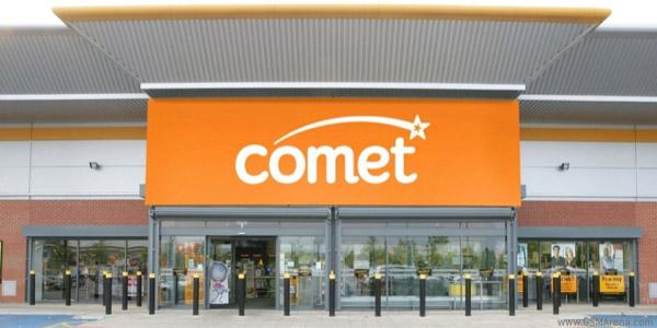 Comet, eerily empty