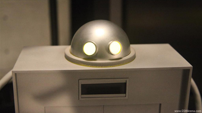 Sony's little imagination robot