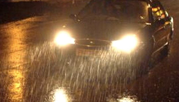 Amazing Car Headlights Let You See Through Rain And Snow