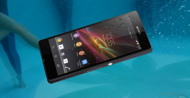 Sony Xperia Z used as an underwater cam, makes a cool 3 ...