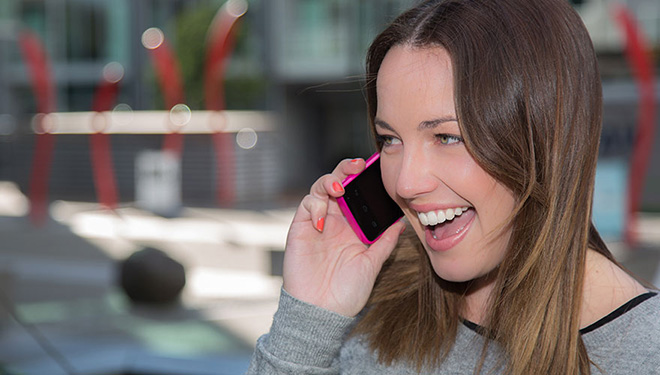 how to turn on international roaming vodafone