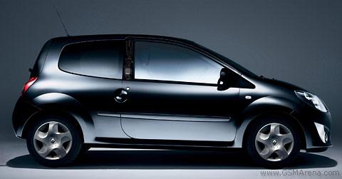 Nokia 6110 Navigator in Renault Twingo