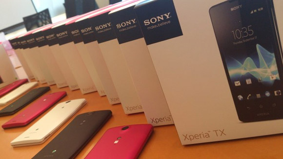 Also the Xperia J has been priced in Hong Kong at HK 2 098 or around      Xperia J Colors Pink