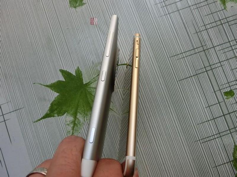 مقایسه اندازه و ضخامت لومیا 1030 با آیفون 6