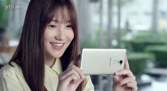 oppo r7 and r7 plus show up in a chinese  mercial