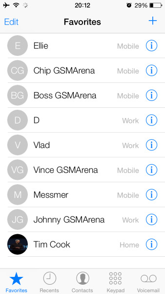 Contacts in iOS 7