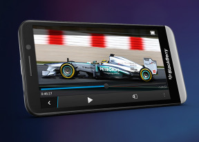 BlackBerry Z30 review: Against the odds