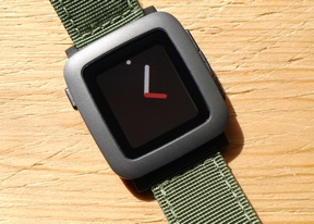 Pebble Time review: Kickstarted
