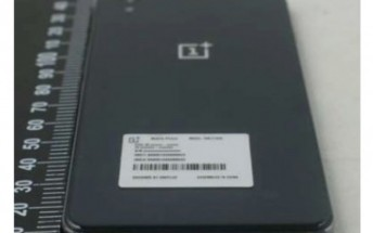 OnePlus Mini gets listed by Amazon India, specs outed once more