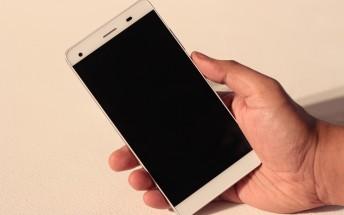 Lava Pixel V1 hands-on