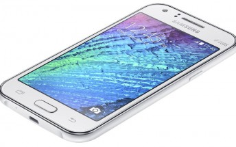 Galaxy J1 Ace featuring Super AMOLED display appears