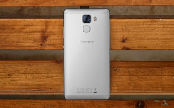Huawei starts selling the Honor 7 in Europe, direct to consumers