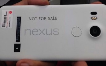 This is a live photo of the upcoming Nexus smartphone by LG