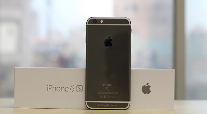 black iphone 6s apple iphone 6s receives an aftermarket black gold coating 10278