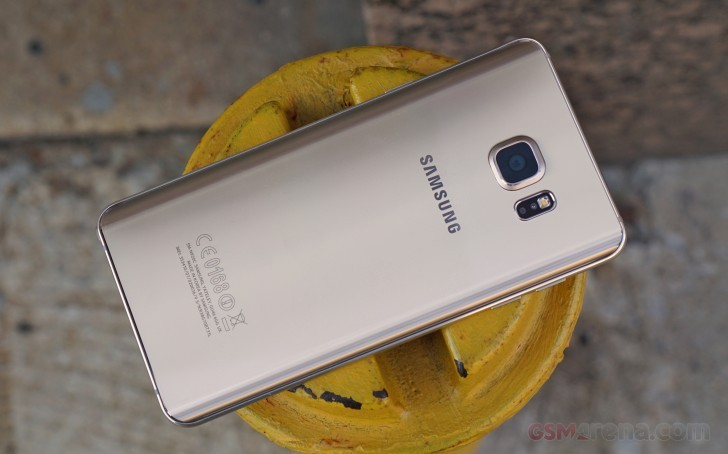 samsung announces special winter edition note5 with 128gb