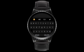 The Samsung Gear S2 now has a QWERTY keyboard and a message center is coming soon