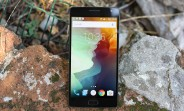 OxygenOS 2.2.1 update for the OnePlus 2 brings RAW support to the default camera app