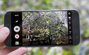 The Galaxy S7 video review shot entirely on the Galaxy S7 itself