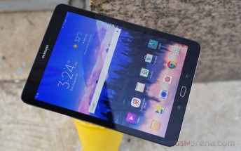 Samsung Galaxy Tab S2 (2015) on Verizon starts getting Nougat