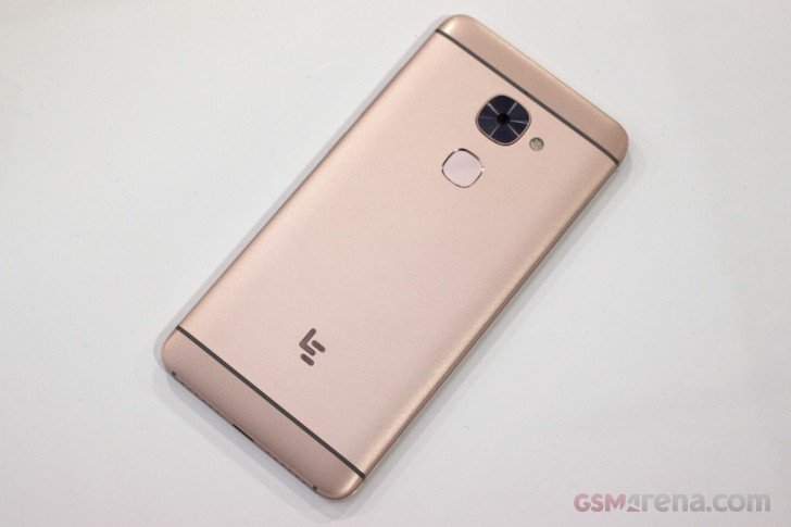 Leeco Le 2 Le 2 Pro And The Le Max 2 Hands On review