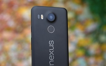 32GB LG Nexus 5 is $125 off today, priced at $274.99