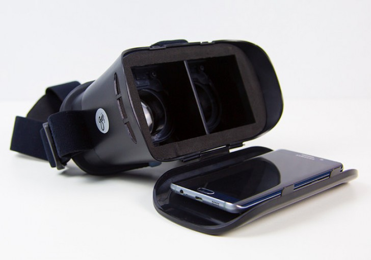 Carphone Warehouse made its own VR headset, compatible with