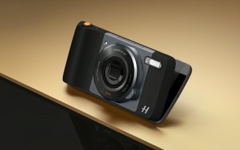 Hasselblad True Zoom MotoMod announced with 10x optical zoom and Xenon flash