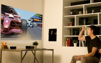LG unveils two battery-powered projectors