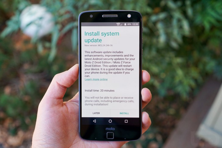 Moto Z Droid and Z Force Droid get their first software updates
