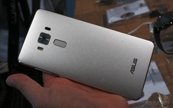 New Asus Zenfone 3 Deluxe update improves stability of touch performance