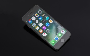 New report says future 5.5-inch iPhone will have curved, OLED display