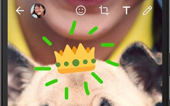 You can now write and draw on Whatsapp photos and videos on iOS as well