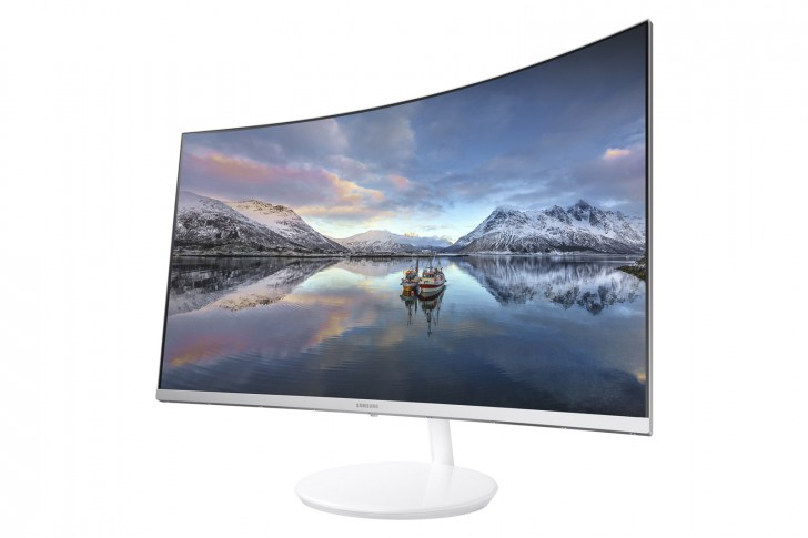 Samsung's new CH771 is a curved, quantum dot monitor, aimed