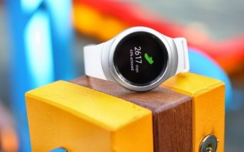 Latest Samsung Gear S2 update brings a slew of Gear S3 features