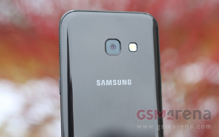 Samsung Wants To Sell 100 Million Galaxy J Phones This Year And 20 A Handsets